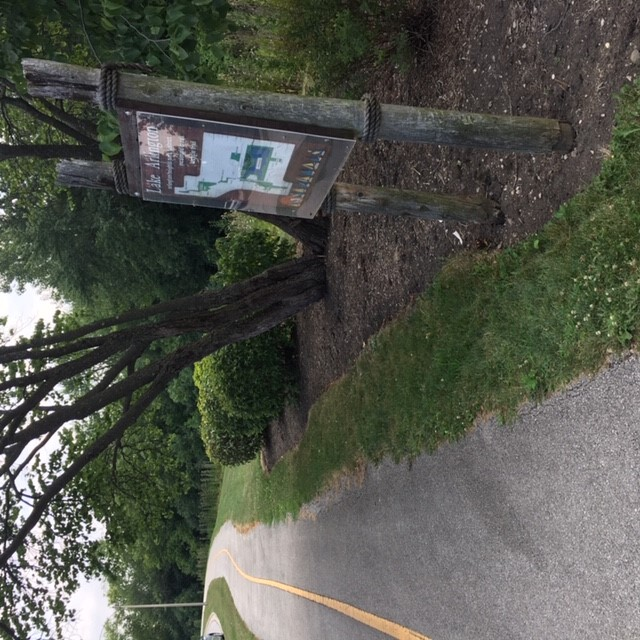 Camelot_Connector_Path_at_Hintz_and_Bradford_Rd