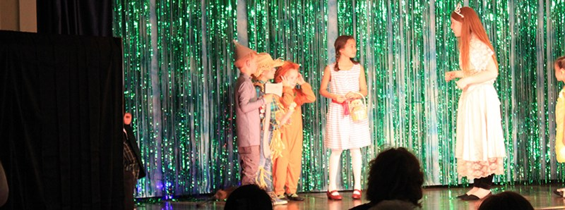 Theatre Header Wizard of Oz play